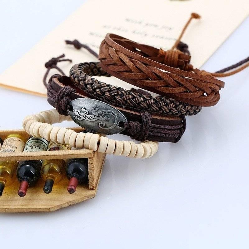4-Piece Bracelet Set with Gecko Plaque