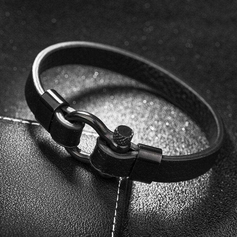 men s simple leather bracelet with horseshoe buckle 3