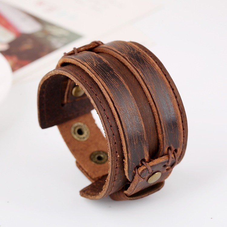 Men's Wide Leather Bracelet with Snap Button Clasp