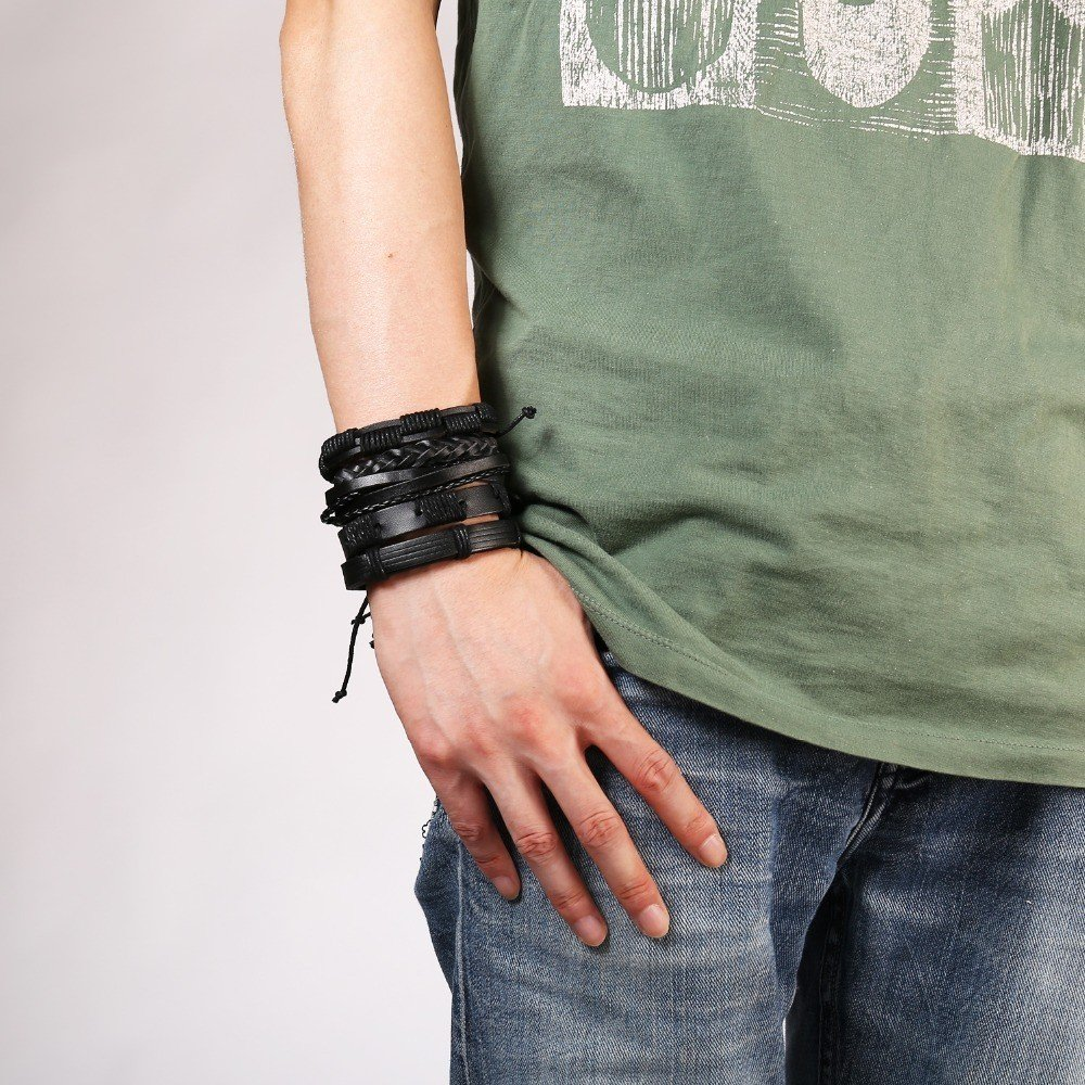 5-Piece Bracelet Set with Decorative Charms